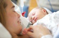 newborn_baby_and_mum_-_hospital
