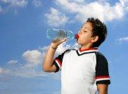boy_drinking_water