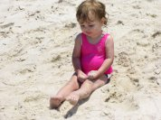girl_-_young_in_sand
