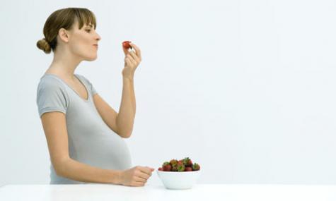 mothers_diet_-_strawberries