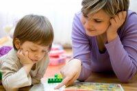 child_mum_speech_therapy
