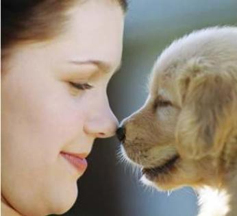 girl_and_puppy