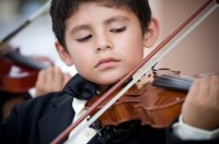 boy_playing_violin