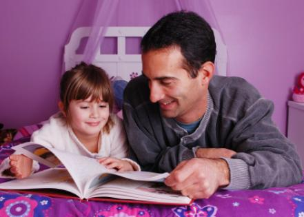father_and_daughter_reading