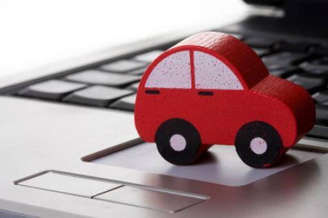 car_on_laptop