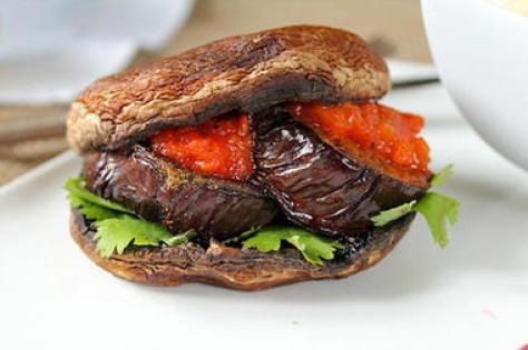 portobellocuminspicedeggplantburgers_full_380