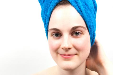 woman_with_blue_towel