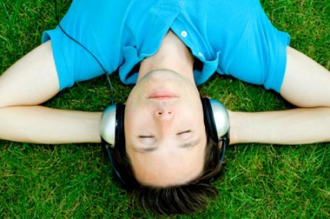 teenager_with_headphones