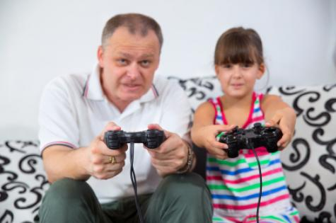 gaming_dad__daughter