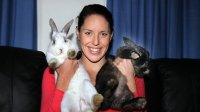 alicia_coutts_with_rabbits