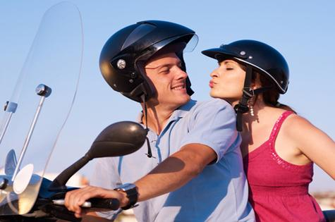 couple-on-a-moped