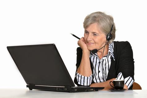 woman-older-atwork
