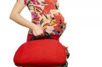 mop-preg-woman-bag
