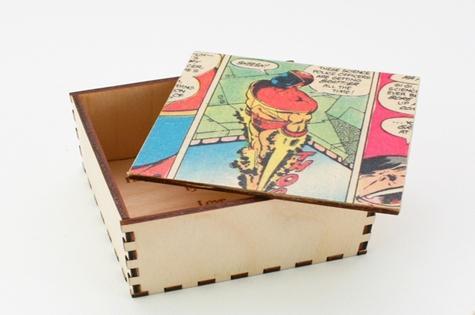 07_personalised_comic_cufflink_box