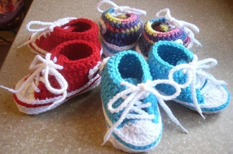 crochet_baby_converse_booties