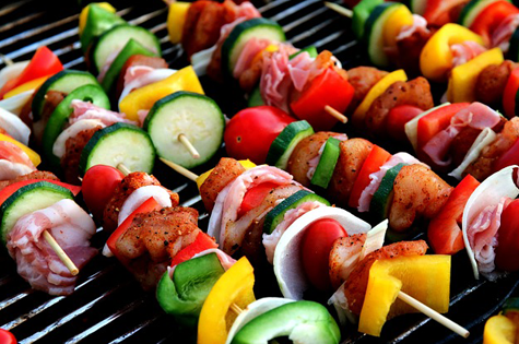 7 Ideas For the Best Christmas Barbecue Ever | Motherpedia