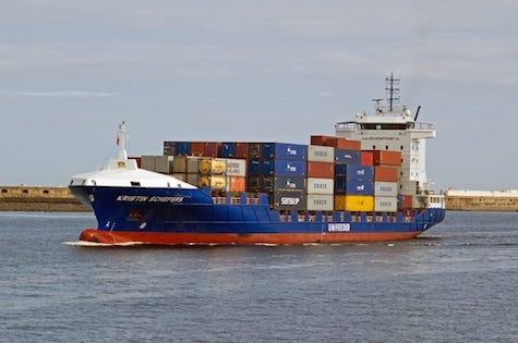 Shipping-containers-freight-wallpaper-preview